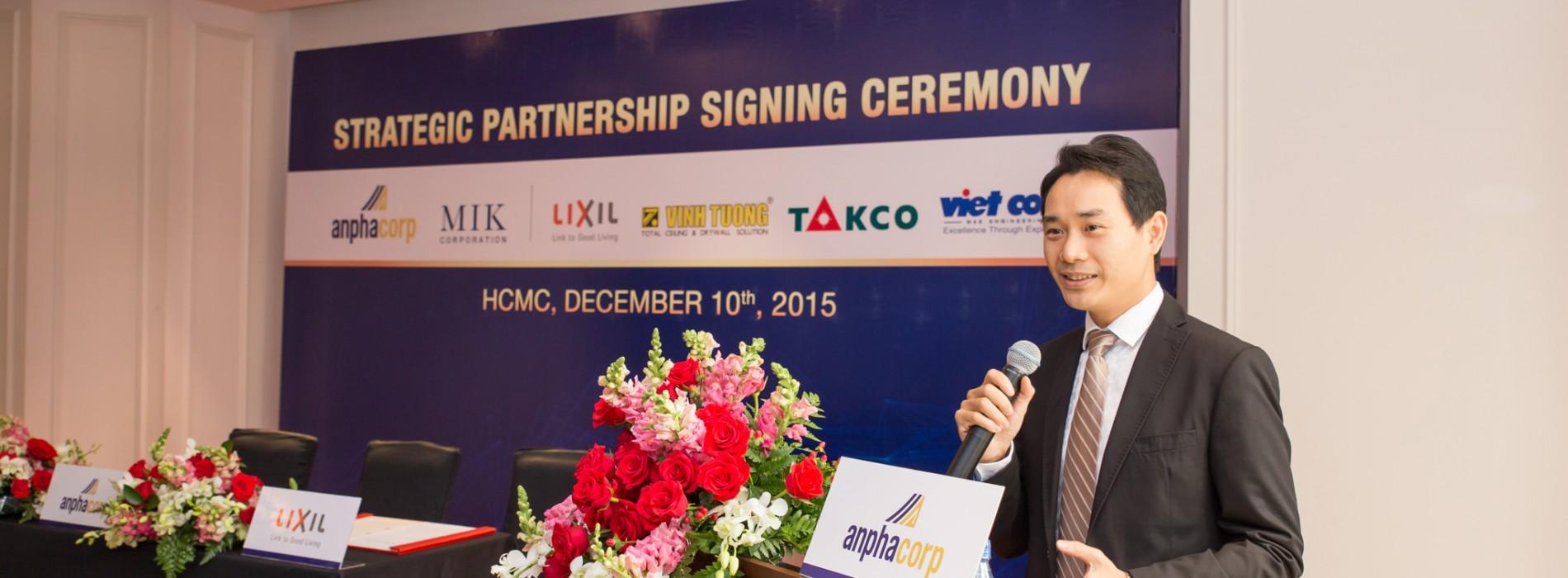 Lễ ký kết hợp tác chiến lược giữa AnphaCorp và MIK với Tập đoàn Lixil International